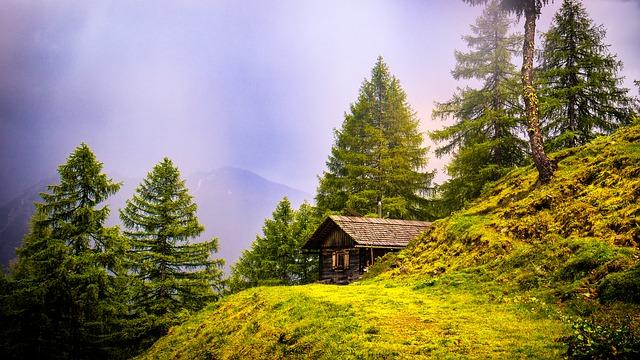 chata v kopci