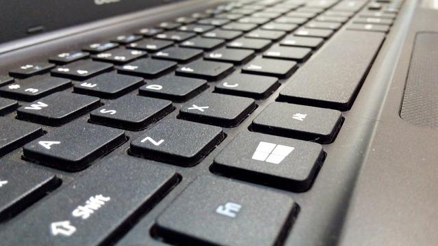 klávesnice laptop  33