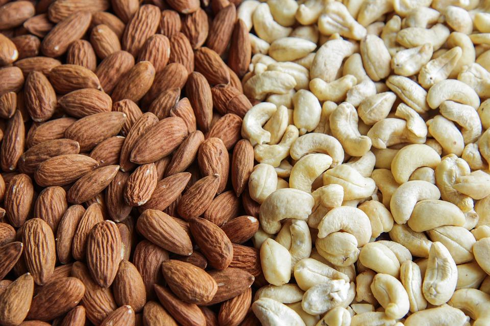 mandle a ořechy